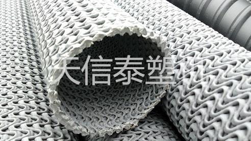 硬式透水管-曲纹集水管设备