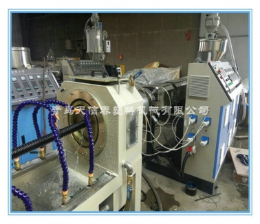 PE碳素螺旋管设备