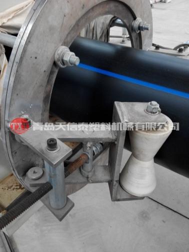 大口径PE供水管设备